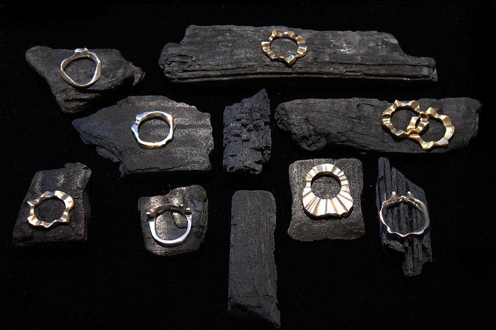 Home-Artisan-jewelry-display1.jpg